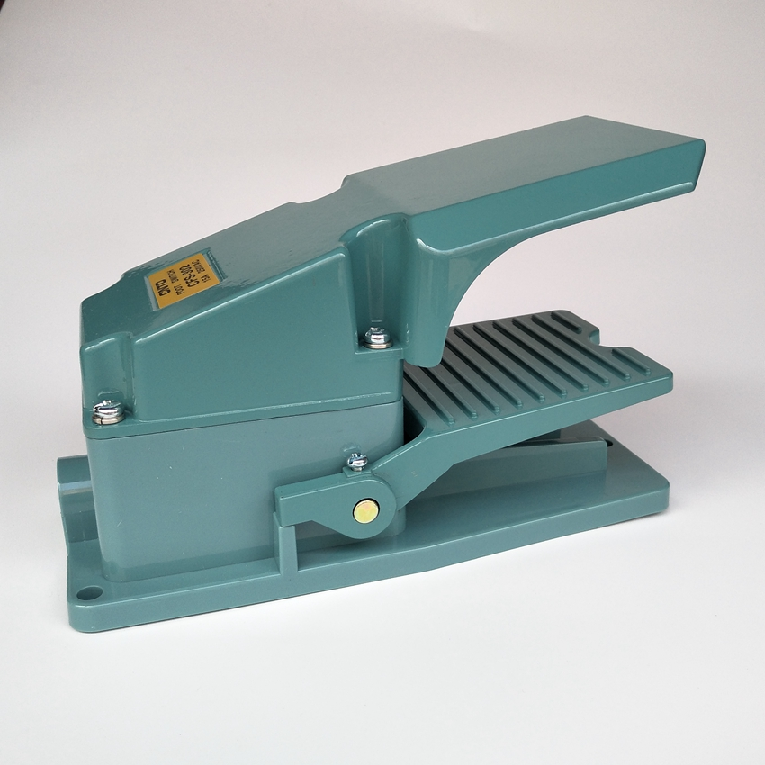 CFS-302 Foot Switch Pedal Switch 15A 250VAC