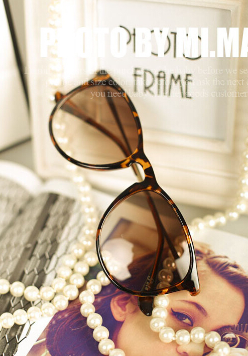 Vintage retro sunglasses women brand designer.Metal thin legs small round frame sun glasses 2016 new fashion GL-5179