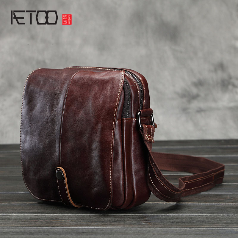 AETOO 2017 new men's oil wax head layer cowhide leather messenger bag multifunctional diagonal casual shoulder bag aetoo the new oil wax cow leather bags real leather bag fashion in europe and america big capacity of the bag