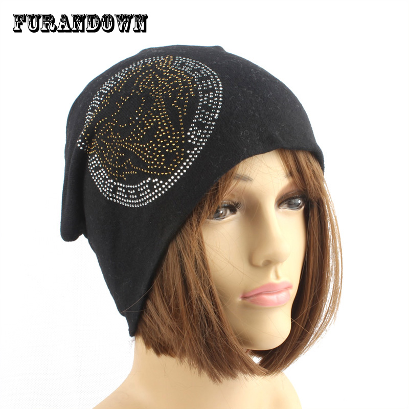 2017 New Skullies & Beanies Women Winter Autumn Wool Knitted Hat Tiger Crystal Beanie Cap bonnet femme gorros skullies