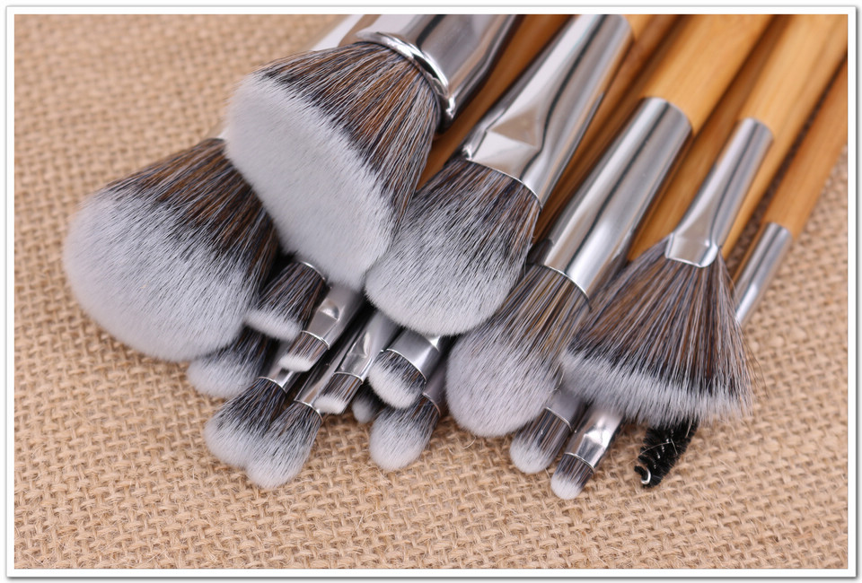 Velayue 5 to 18 Pcs Makeup Brush Set including Flat Top Brush and Fluffy Brush for Full Face and Eye Makeup 6