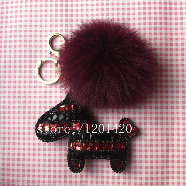 Rhinestone Cute Key chains Fuchsia Wine Pom Poms Fur Ball Keyring Genuine Fox Furry Horse Key Ring Car Keys Holder Fur Lanyards