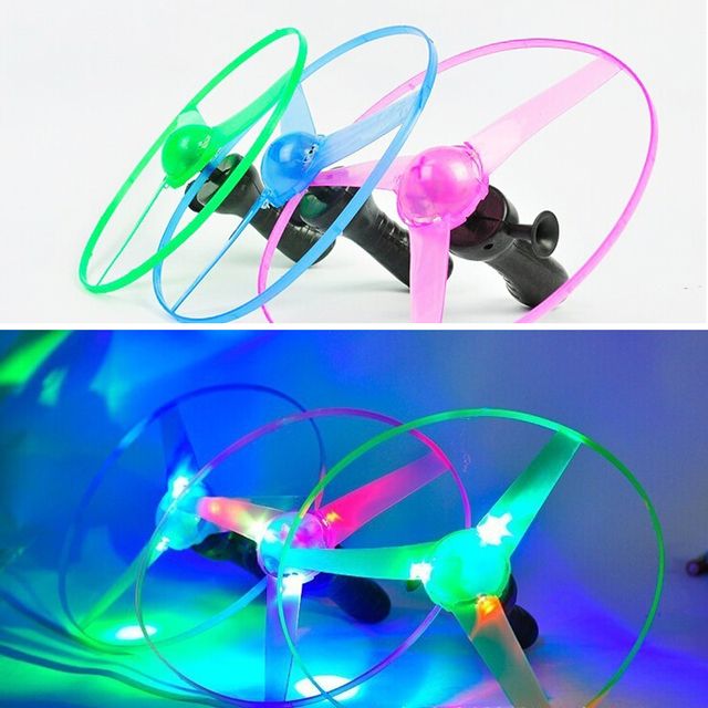 Random Spin LED Flashing Light Helicopter Flying Saucer Toy