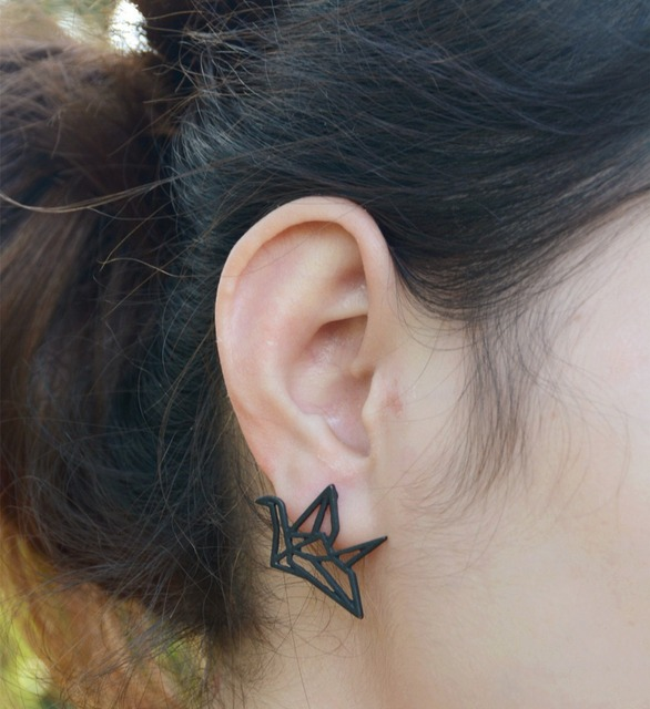 3 Colors Fashion Metal Stud Earrings The Thousand Paper Crane Hollow-Out Unique Black Gold Earrings 1A1022