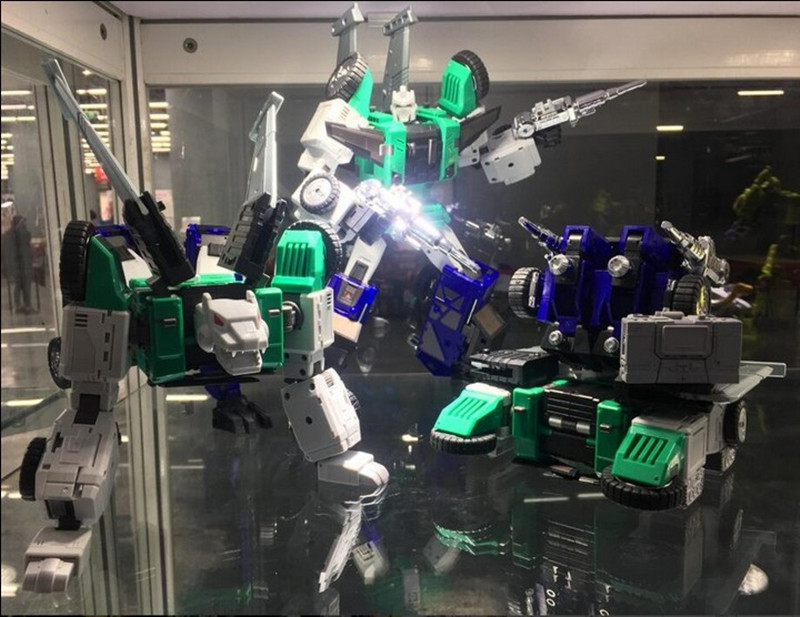 Oversize 25CM Transformation DX9 D10G G1 MP level Six-Faced Beast Action Figure  Robot Model Toy