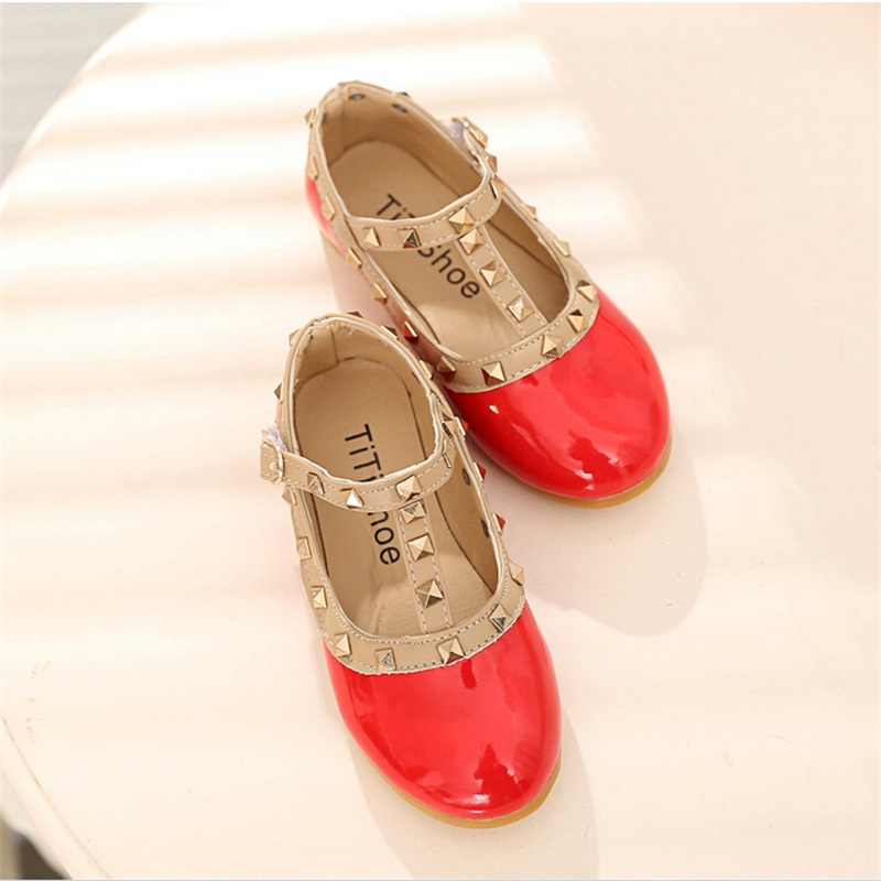 2017 New Fashion Girls Shoes for Party and Wedding Spring Autumn Flat Shoes  for Children Girls Princess Flats with Pivet 003-in Leather Shoes from  Mother ... a1d340d2ed90