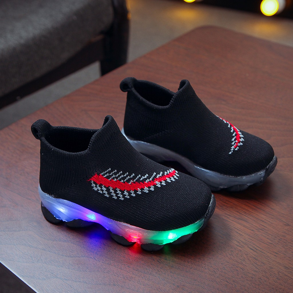 LED Feather Pattern Breathable Sneakers 6