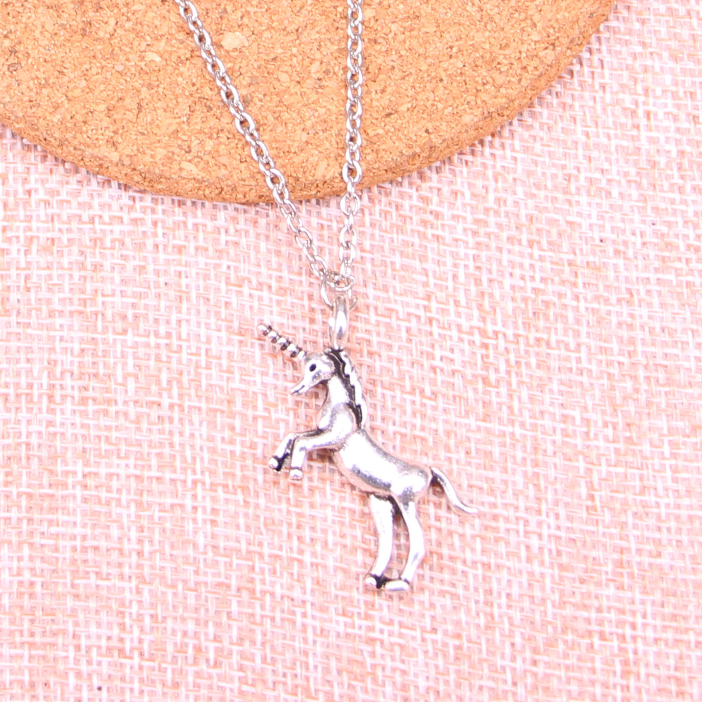 New Fashion Antique Silver Pendants 35*15mm Unicorn Horse Necklace Handmade Necklace Gift