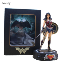 Batman / Wonder Woman Statue with Light PVC Action Figures Collectible Model Toys 22cm KT3624(China)