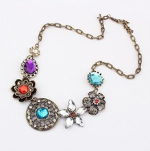Europe Vintage Style Flower Crystal fashion crystal chokers necklaces women statement Women Jewelry A020H