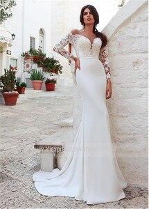 Image 2 - Niesamowite Tulle & w cztery strony elastan Scoop dekolt syrenka suknia ślubna z koronkowymi aplikacjami długie rękawy suknie ślubne