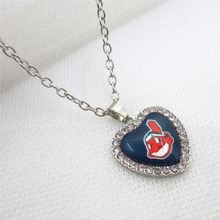 10pcs Crystal Heart Cleveland Indians MLB Necklace Baseball Sport Necklace Pendant Charms with 50cm Chains Necklace Jewelry