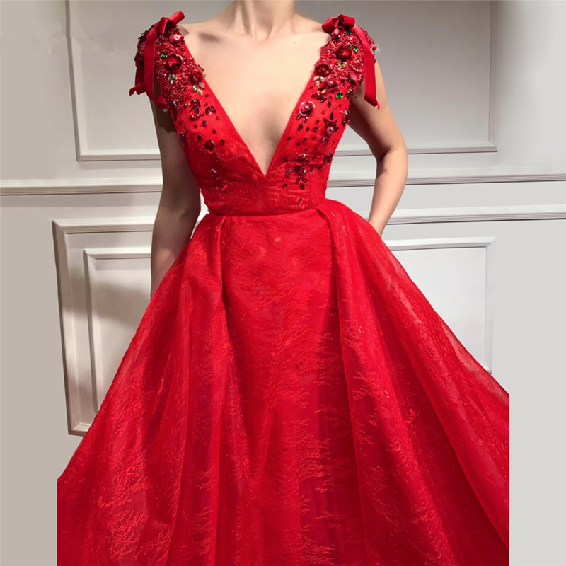 Red Muslim   Evening     Dresses   2019 A-line V-neck Lace Beaded Crystals Long Islamic Dubai Saudi Arabic Long Formal   Evening   Gown
