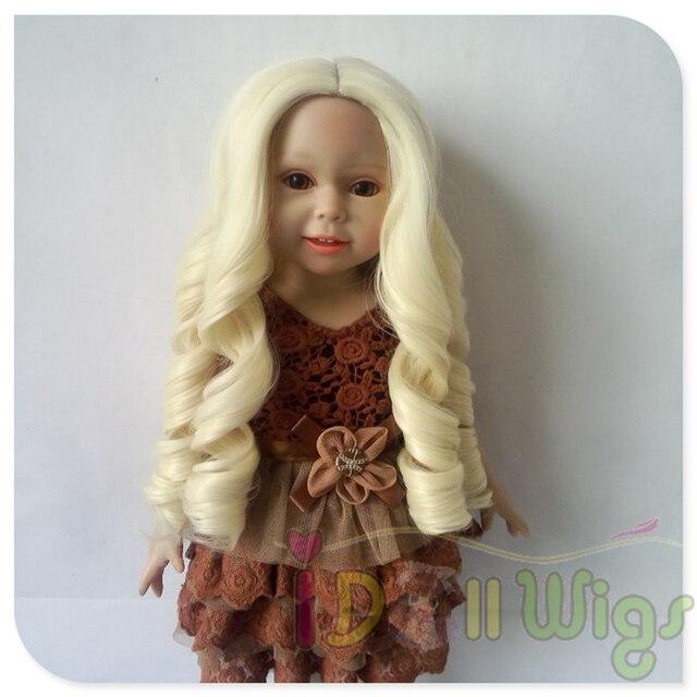 Us 21 95 Licht Blonde Heat Resistant Haar Grosse Locken Perucke Fur 18 Hohe Amerikanischen Puppe In Licht Blonde Heat Resistant Haar Grosse