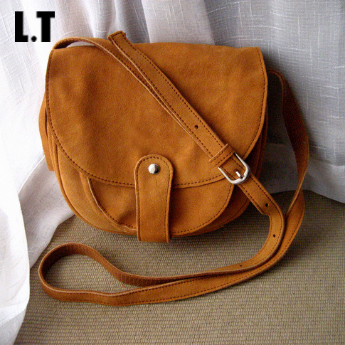 2017 Women Real Leather Saddle Bag Retro Bohemian Hippie Ethnic Feminine Folk Brown Soft Cute Cross Body Over Shoulder Pouch Bag