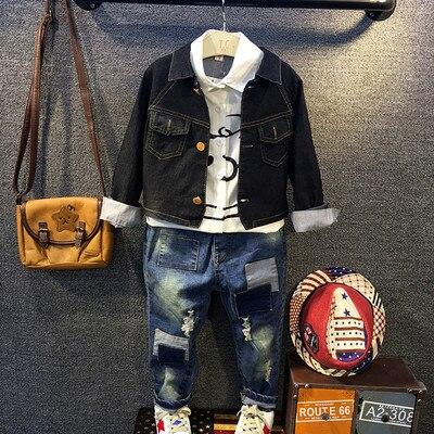 2017 Детская одежда детские мальчиков одежда мальчика милые джинсовые куртки Для Детей мультфильм печатных белая блузка рубашка рваные джинсы 2-7Y
