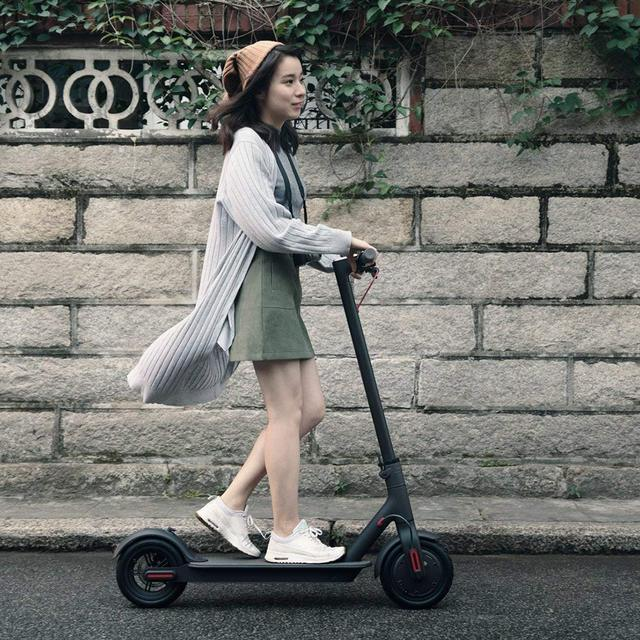 Original Xiaomi mi jia M365 inteligente Scooter Eléctrico plegable mi hoverboard skate Scooter 30 KM APP 7800 mAH LG de la batería