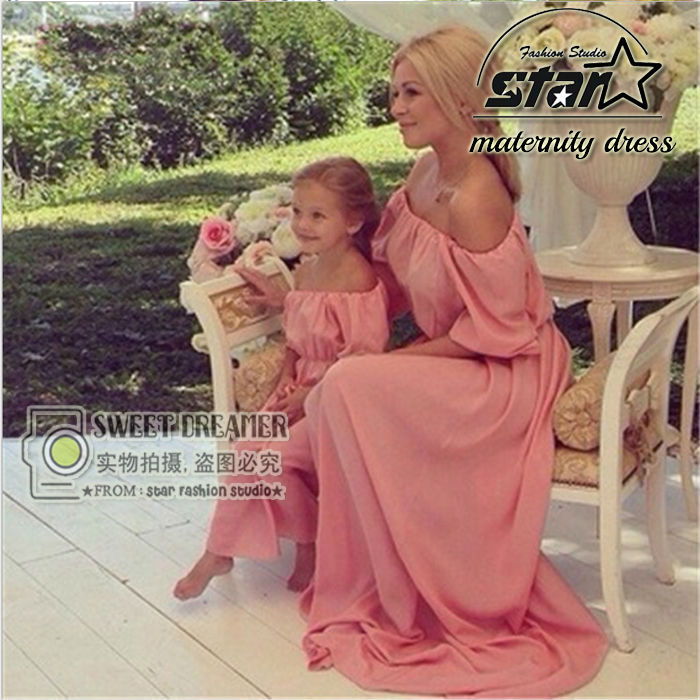 Family Matching Outfits Mother Daughter 2017 Summer Beach Dresses Family Look Off shoulder Chiffon Dress Clothes