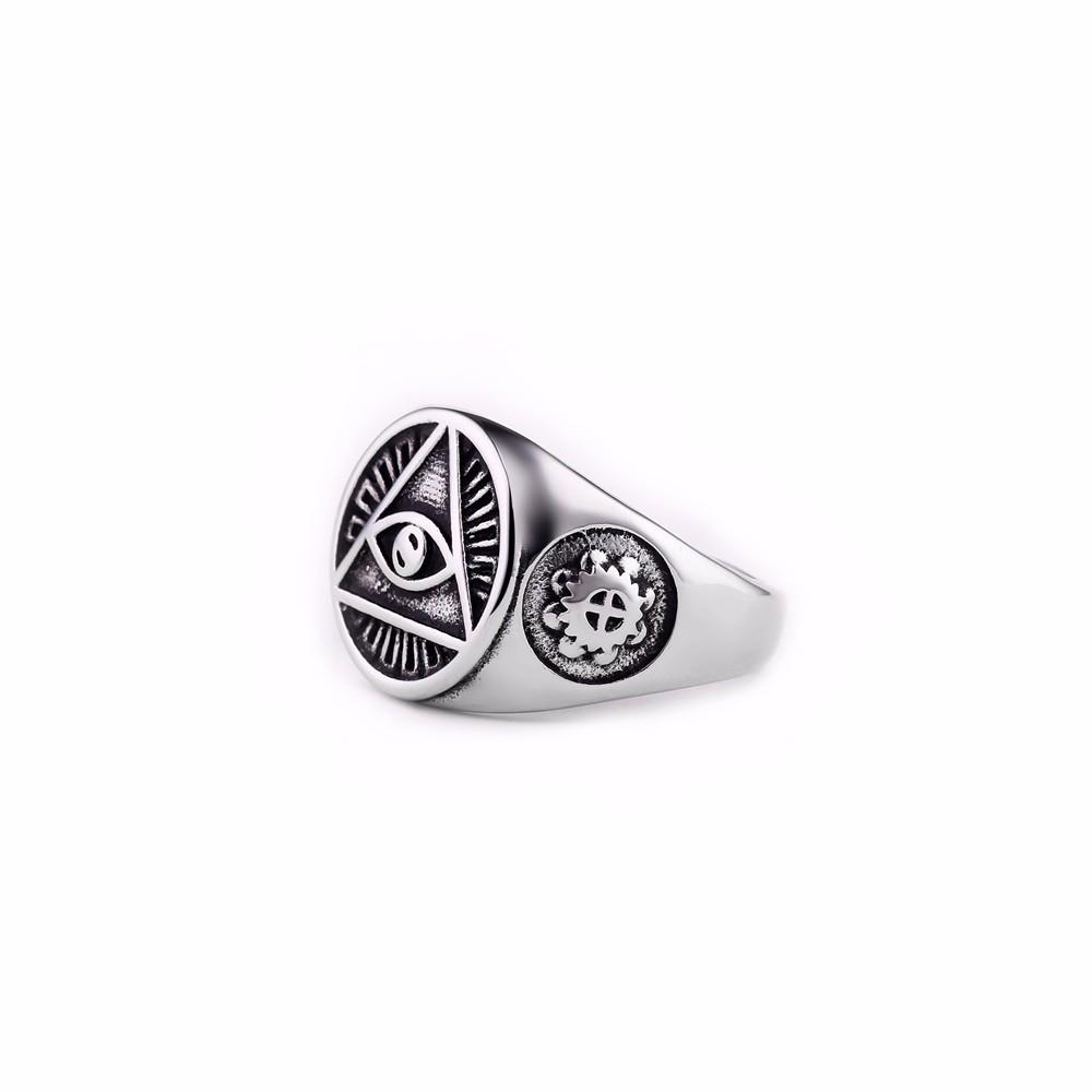 black-illuminati-pyramid-eye-ring-in-silver-2