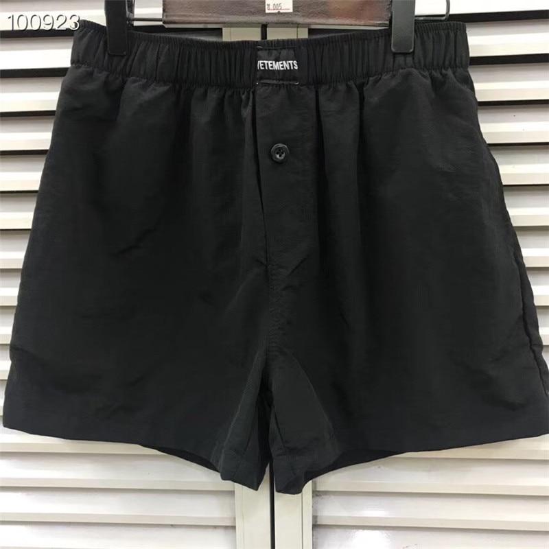 2019ss New Hot Hip Hop Vetements Shorts High Quality Casual Men Women Vetements Shorts Stretch Patch Black