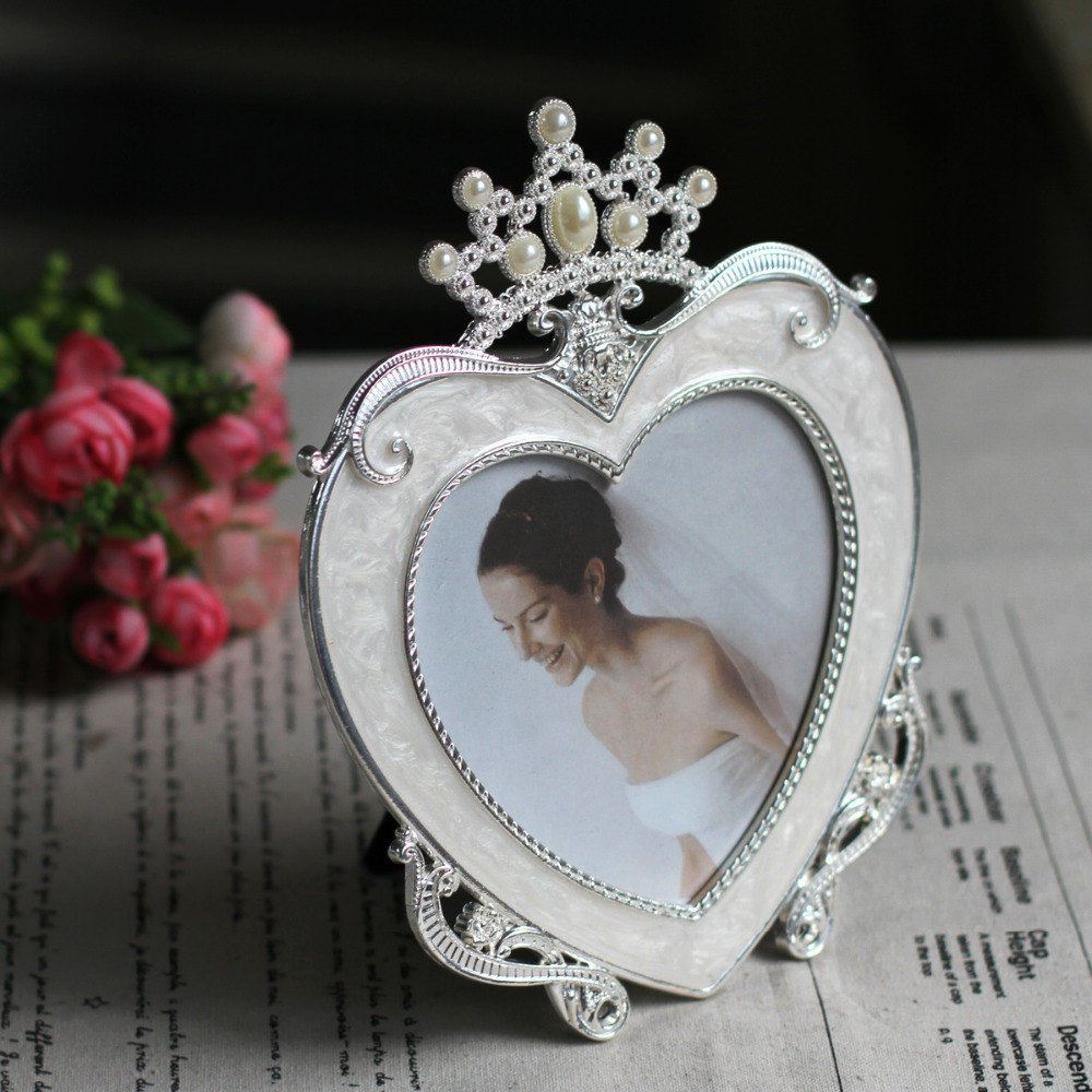 Herzförmigen Bilderrahmen Liebe Bilderrahmen Mit Krone Desktop ...