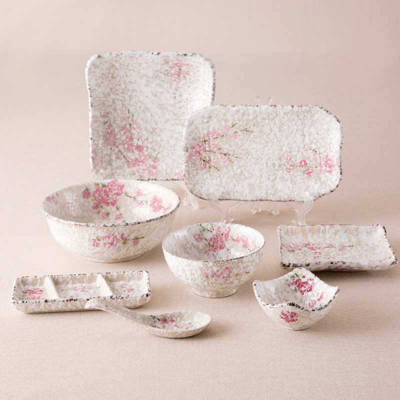 Japan Zakka Style Ceramic Dinnerware Sets Small Pink Floral Printed Under Glazed Chinese Porcelain Dinner Set 8 Pieces Tableware