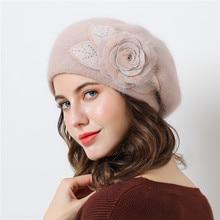 Dupla camada de design chapéus para mulheres chapéu de inverno malha chapéu  de pele de coelho para as mulheres Big flor cap gorr. f2f73840b4d