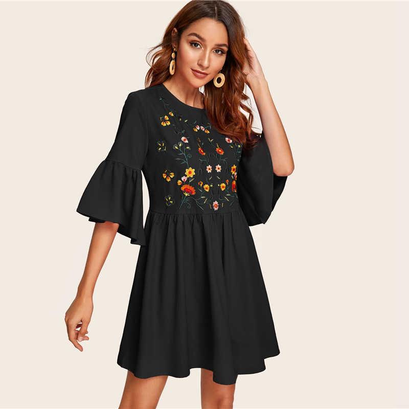 SHEIN Вышитый цветочный рукав-Волан свободное платье Boho A Line женские расклешенные милые платья белые летние платья с высокой талией
