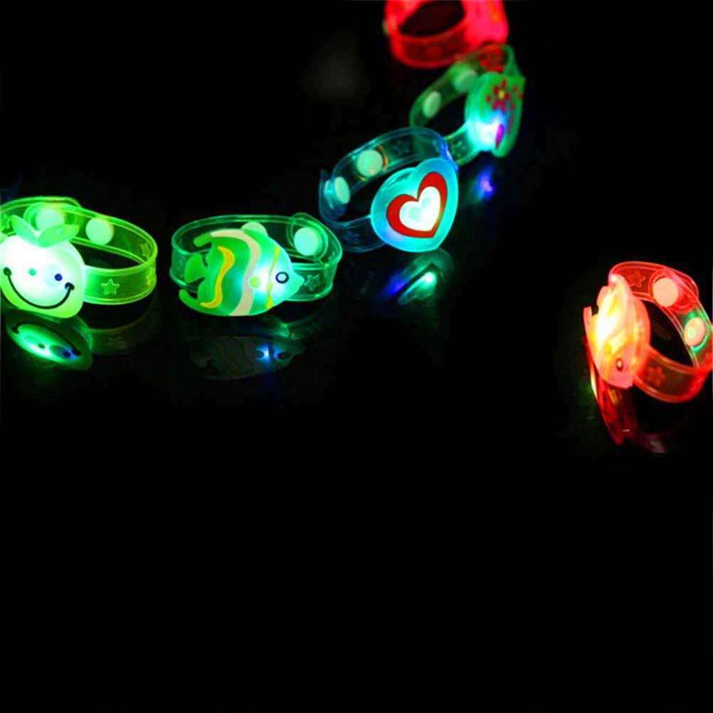 1pcs ชายหญิงแฟลชสายรัดข้อมือเรืองแสงส่องสว่างเด็กวัน/ของขวัญวันเกิดของเล่นการ์ตูนสร้างสรรค์นาฬิกา