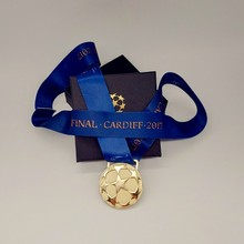 Final Cardiff 2017 European Football League Champion Gold Medal Futbol Liga Fans Collection Metal Reward Gift Box Prize Souvenir