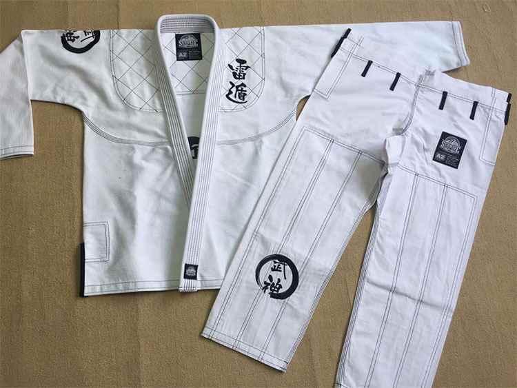 new release BJJ GI training Brazilian Jiu Jitsu Gi 100