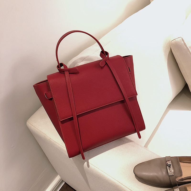 2019 Cowhide Women's Shoulder Bag Big Women Leather Handbags Trapeze Shape Stylish Crossbody Bags For Women