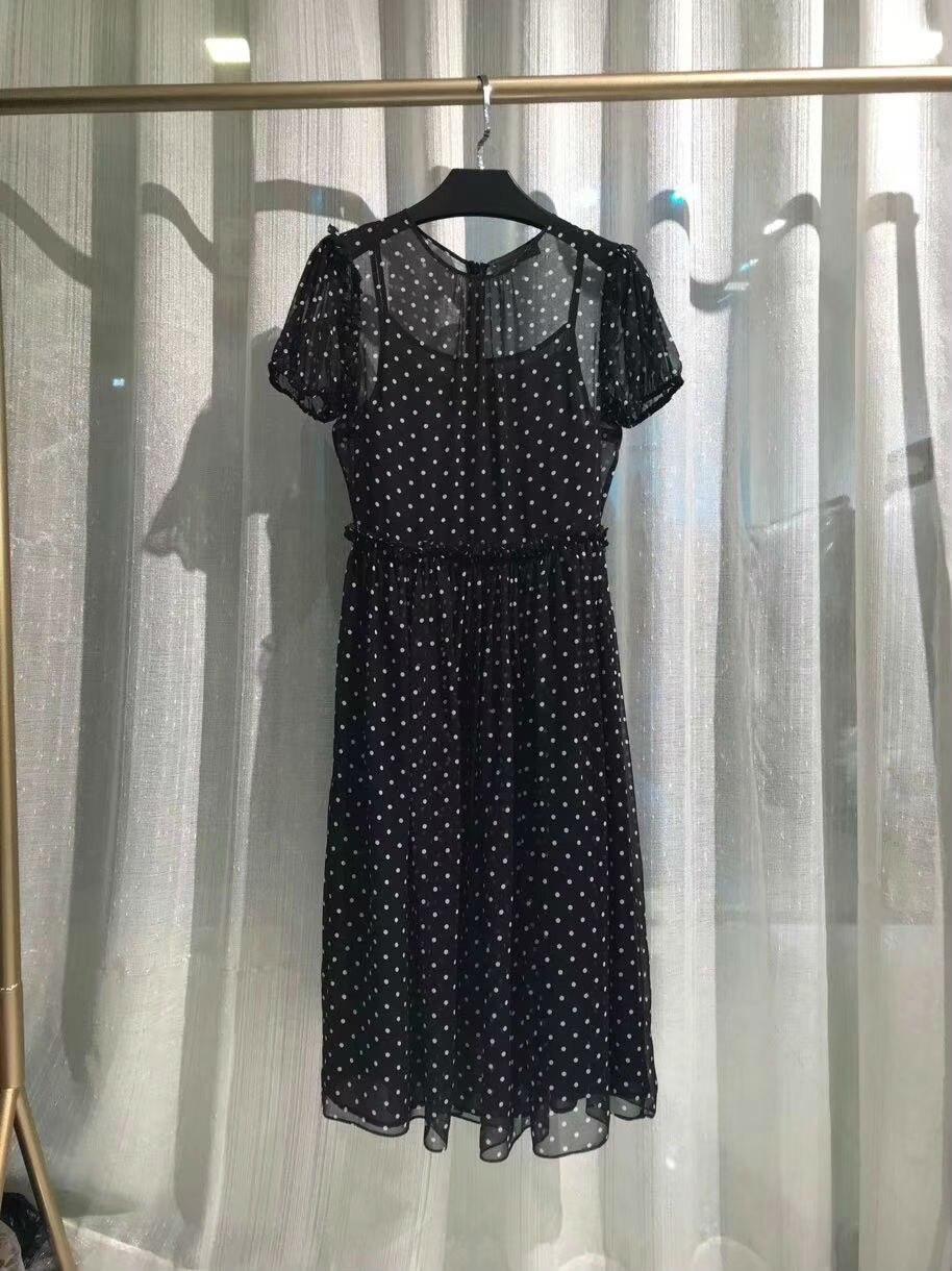 2019 neue 100% Seide Dot Kurze Oansatz Luxus Kleider Für Frauen Freies Verschiffen-in Kleider aus Damenbekleidung bei  Gruppe 1
