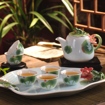 Smalto Dipinto A Mano Set Da Caffè In Porcellana. Ceramica Kung Fu Tea Set Di Loto Tazza Di Tè