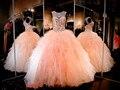2017 cristais de strass baratos blush pêssego vestidos quinceanera sexy sweet 16 plissado ruffles saia princesa do baile de finalistas do partido da bola vestidos