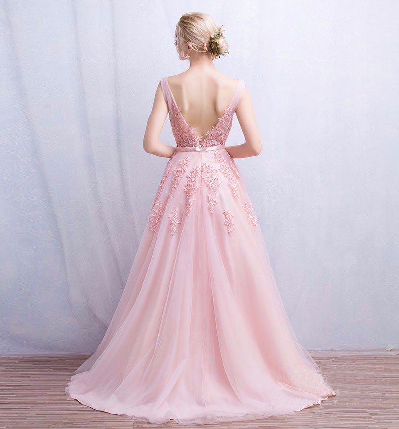 V-Neck Lace Appliques Long Tulle Evening Dress 1
