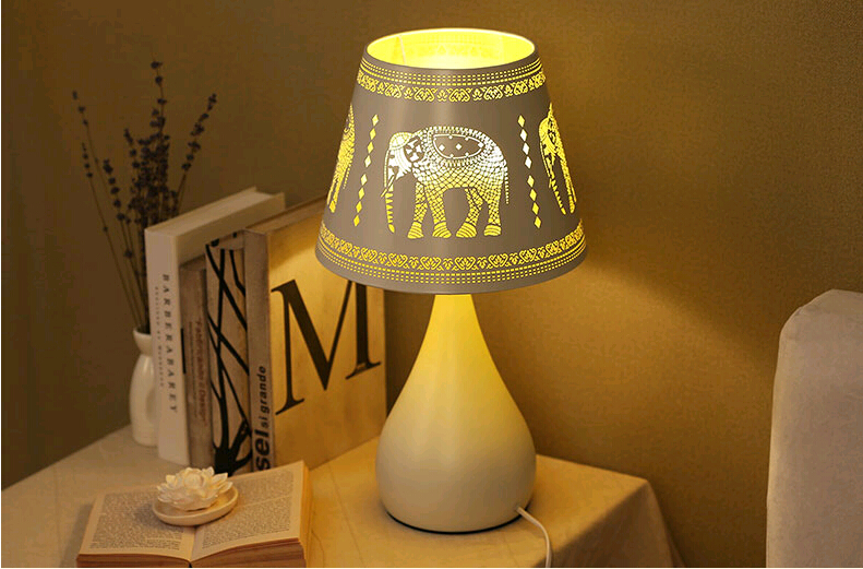 Modern fashion hollow yellow elephant pattern iron art Table Lamps Exquisite high translucent E27 lamp for bedside ZLTD016 classic candlestick hollow iron art lamp for romantic wedding home decoration