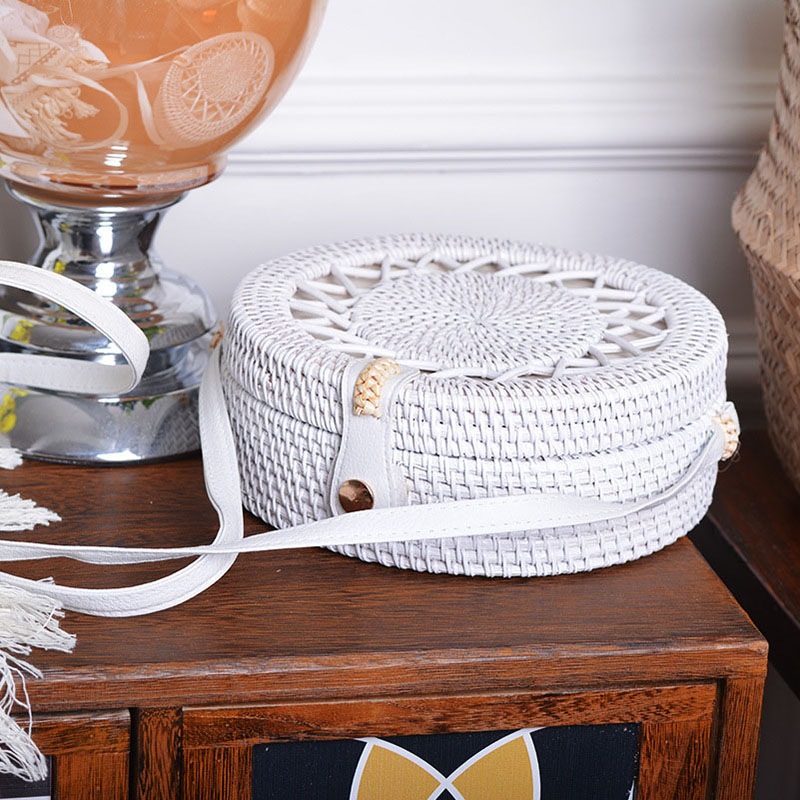 Beach White Hollow Out Stars Women Shoulder Bags Handmade Woven Circle Rattan Bag Summer Holiday Female Crossbody Bags B411 1