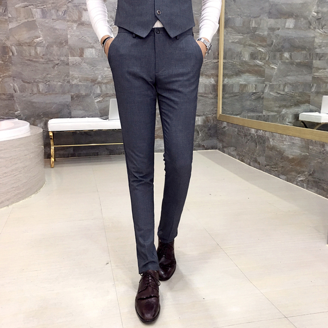Men's casual pants Exquisite fashion solid color business casual Slim fit pants feet 2017 new winter trend of men Grey Black