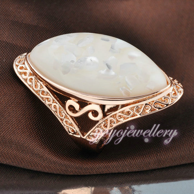 Mytys Women  GP Alloy Vintage Antique Style Ring Cocktail GIFT Big Ring R678