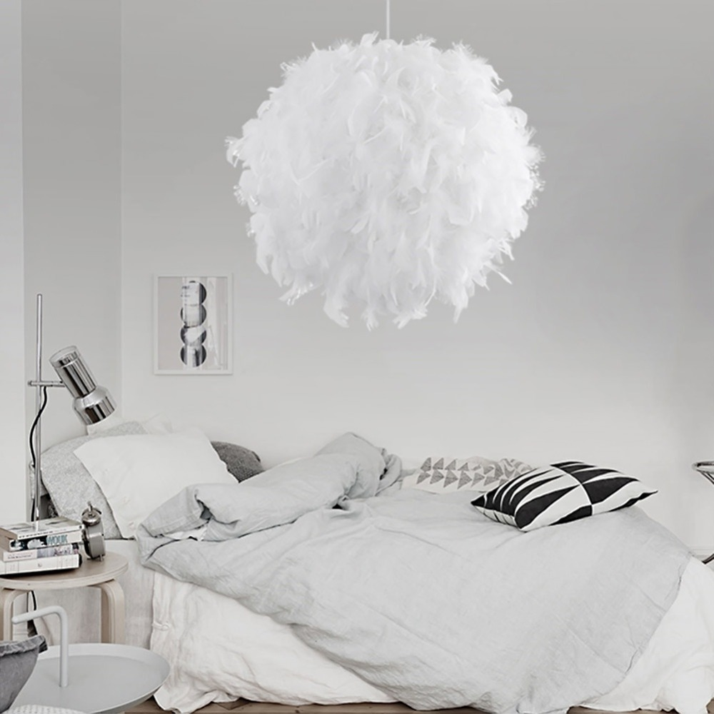 New Personalized And Fashionable Simple Children Bedroom Decoration Exhibition Hall Feather Ball Lamp Decoration Chandelier handmade luminous feather bead dreamcatcher decoration
