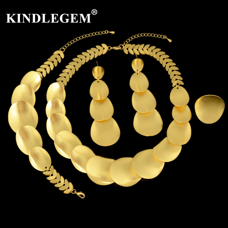 Kindlegem Luxury Sparkling Gold Necklace Drop Earrings Bracelet Ring For Women Dubai African Jewelry Set Advanced Wire Drawing a suit of chic faux ruby water drop necklace ring bracelet and earrings for women