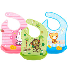 Waterproof Silicone Bibs with Cute Animals Design