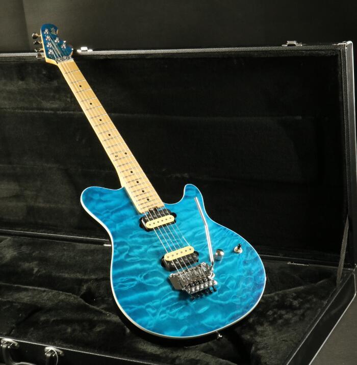 Bonne qualité musique hommes guitare électrique FR pont zèbre micros 3A matelassé érable Top couleur bleue