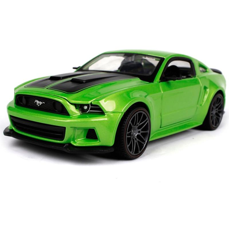 Maisto 1:24 2014 FORD MUSTANG STREET RACER Diecast Model