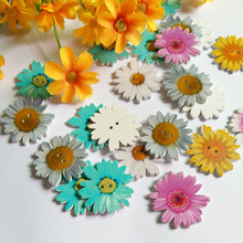 30pcs/pack Mixed Shape Flower 2 Holes Wood Buttons Sewing Scrapbooking 35mm Botones Decorative accessories
