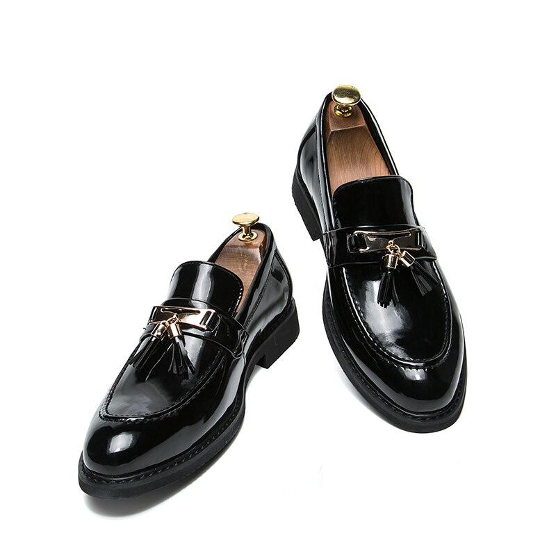 Couro Preto Formal Para Clássico Marca Sobre Vestido Borla Calçados De Homens Masculinos Metal Oxford Deslizar Italiano Sapatos Luxo Flats U5AwUq7
