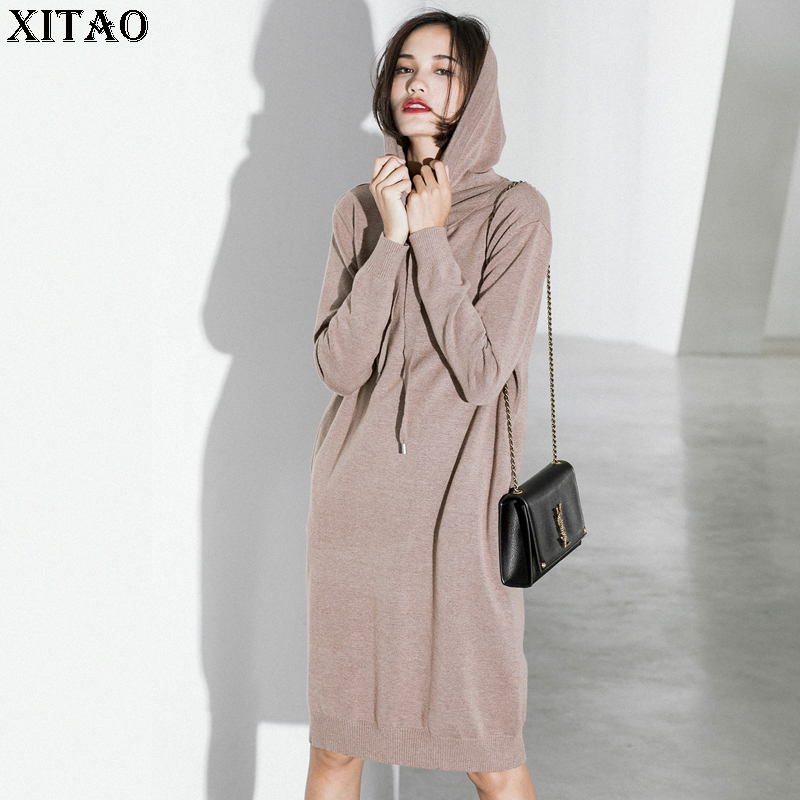 [XITAO] Korea Autumn Winter 2017 New Women Solid Color Hooded Collar Knitted Dress Female Knee-Length Full Sleeve Dress XWW1834 women winter coat leisure big yards hooded fur collar jacket thick warm cotton parkas new style female students overcoat ok238