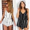 2 unidades set mujeres sexy summer beach shorts trajes mixtos colores backless negro blanco rayas verticales con cuello en V pieza arnés pantalones cortos