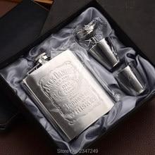 Hot sale portable stainless steel hip metal flask sets gift travel whiskey alcohol liquor bottle flagon Male Small Mini Bottles